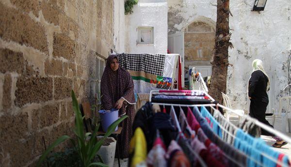 penduduk_palestina_sembunyi_di_gereja.jpg